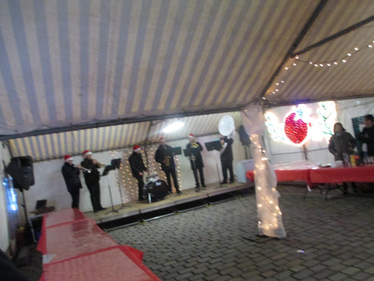 réception des exposants,  avec l'orchestre MusicAzimut